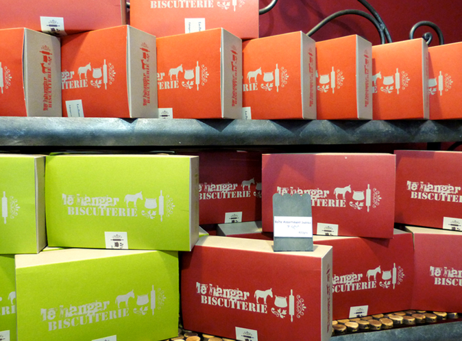 Mood board Design gourmet : création du packaging des boites à cake au fruits